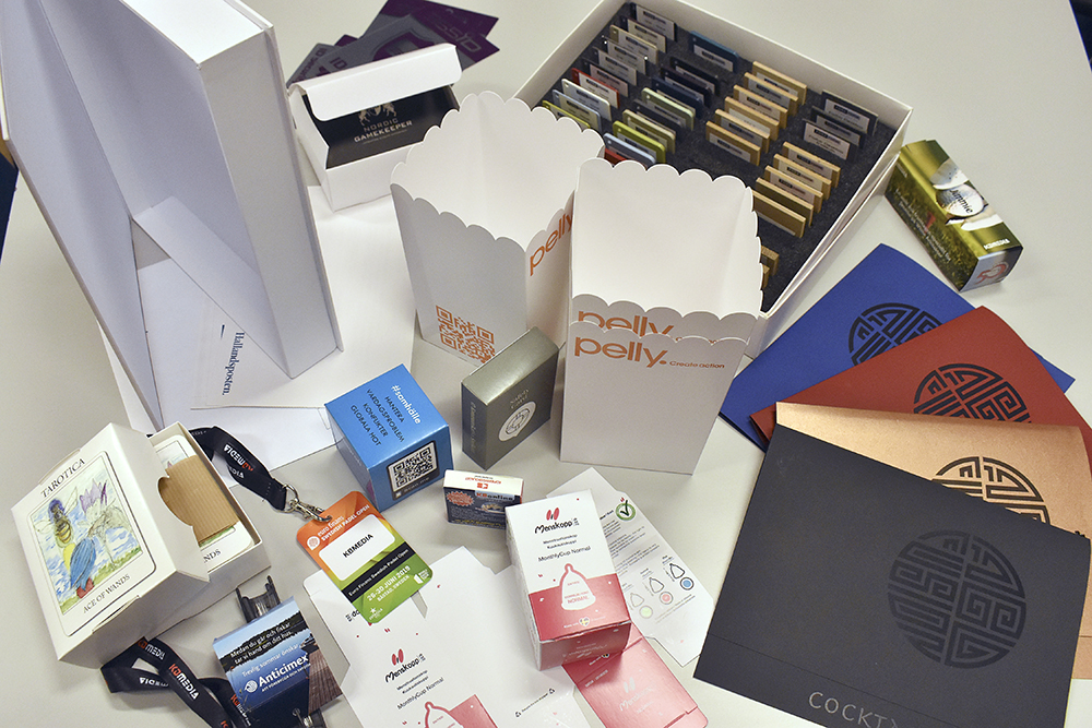 Ett urval av fiffiga produkter som har producerats hos KB Media.